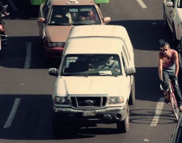 Dos Ciclos Short Film